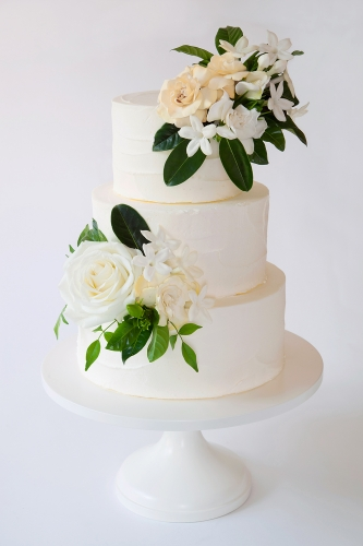 WEDDING CAKE_BUTTERCREME GARDENIA