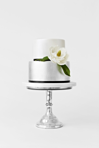 WEDDING CAKE_SILVER MAGNOLIA